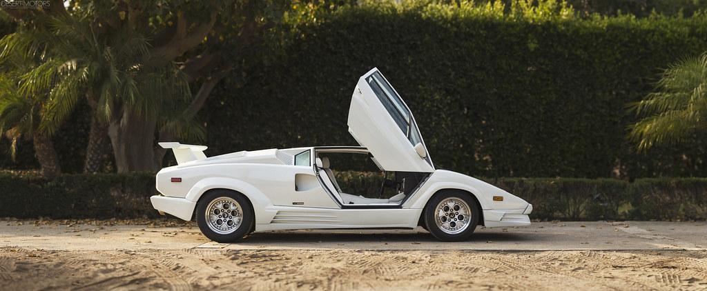 1989 Lamborghini Countach 25th Anniversary Sold For 268 8 Flickr