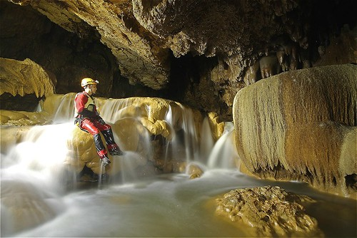 Waterfalls inside Lobo Cave | by Adrenaline Romance