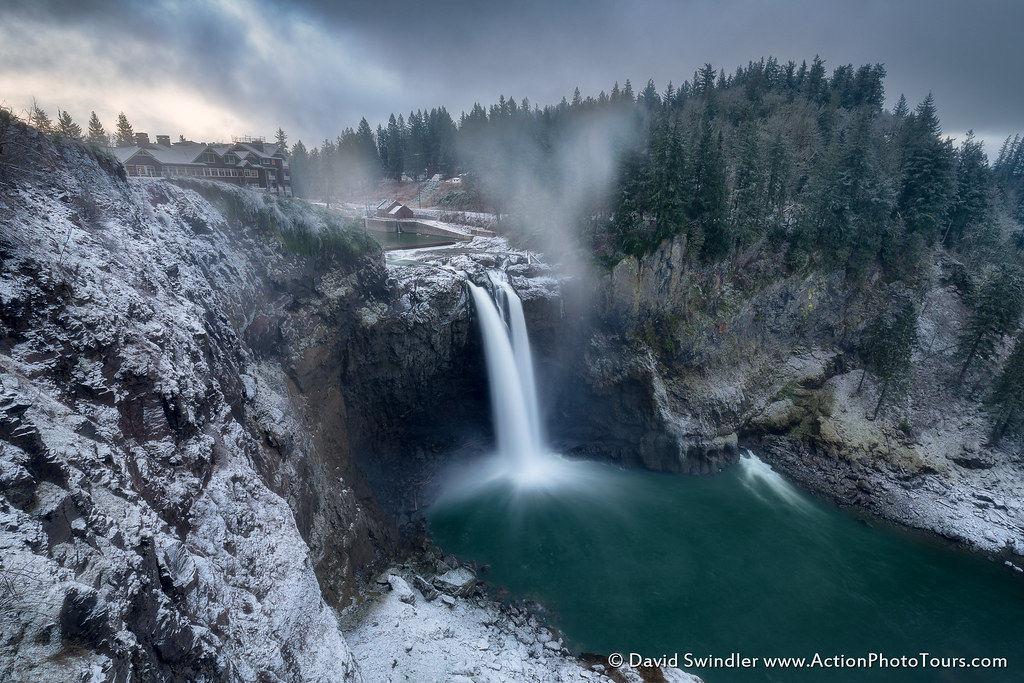 Snoqualmie Falls | Happy Friday! With a little snow yesterda