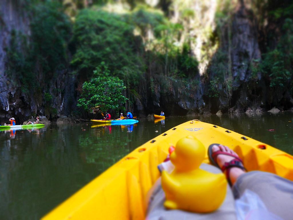 Kayak Tour of Sea caves in Ban Bor Thor      Than Bok Khor