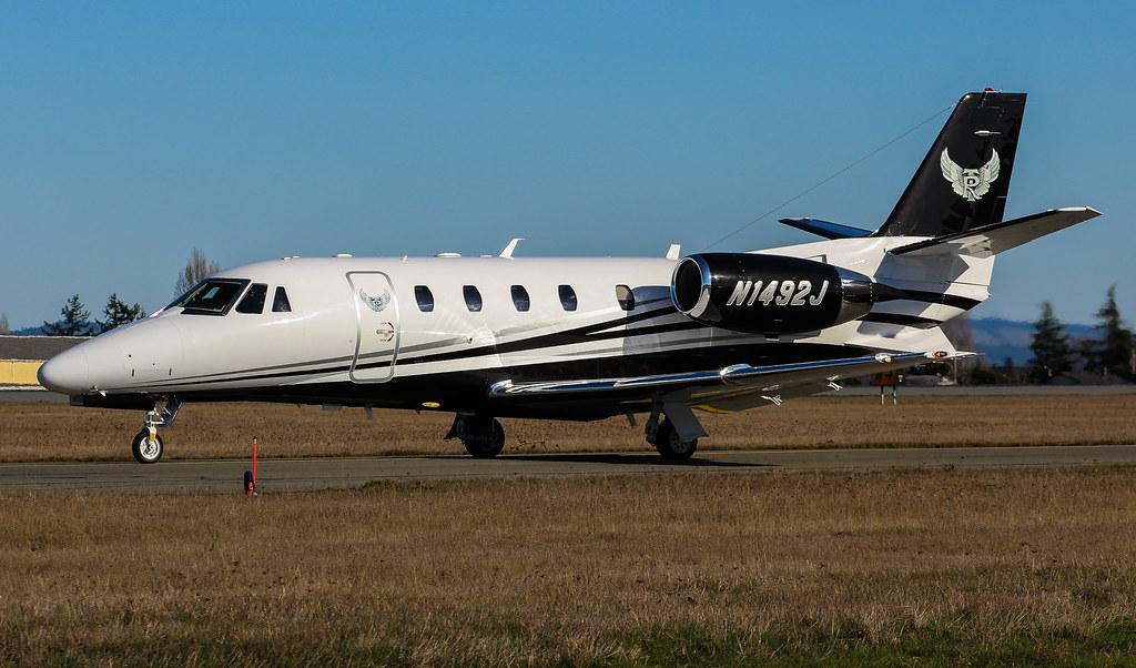 N1492J TVPX ARS INC Textron Aviation 560XL@YYJ 12Feb18 | Flickr
