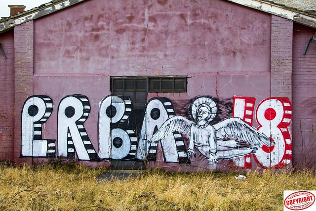 IMG_ 9787 Graffiti -  Under the clock community centre, Middlesbrough