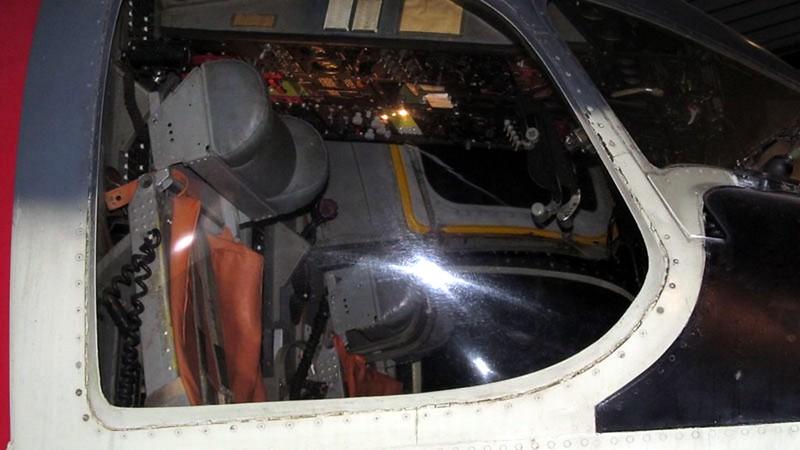 Grumman S-2A-N Tracker 1
