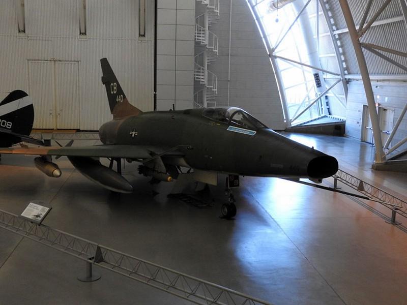 F-100D Super Sabre 1