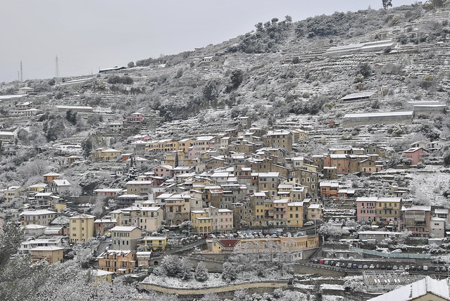 snow in small country