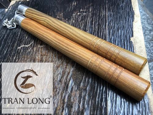 Côn nhị khúc gỗ Gai Ắc Nam Mỹ