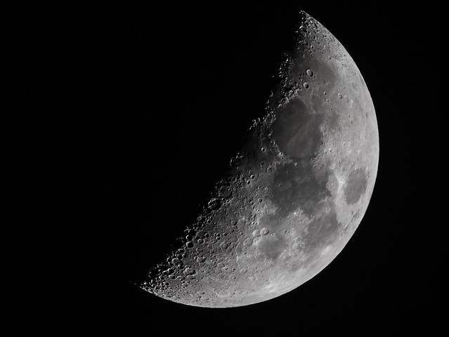 shot of the day 22-2-2018 #lunar #moon #nasa #nightsky #sigma150600 #sigmauk #Moon #MyMoon #Moons #moon #moonrocks #moonlight #luna #lunar #lunapicks #moonpics #nerd #astro #astronerd #astrophotography #astrology #moon_awards #moon_of_the_day #total_moon