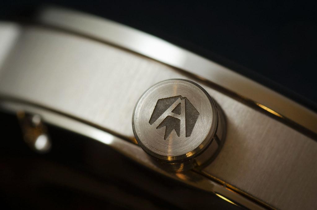 Akrone : des montres, tout simplement 40054370921_01c877c26b_b