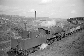 Ex-WD 2-8-0 Heading to Shipley (Windhill)