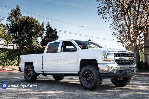 2018 Chevy Silverado 1500 on 17x8.5 Method Wheels 311 Vex Satin Black | by www.audiocityusa.com