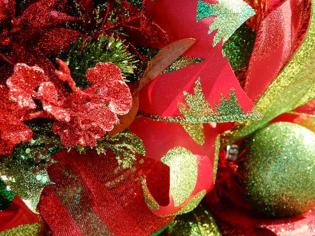 granular red and green