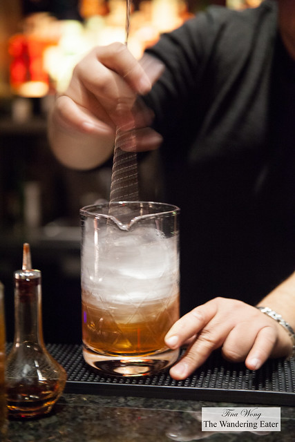 Making Old Rivalries with Suntory Hibiki Whisky - A double smoked Old Fashioned cocktail