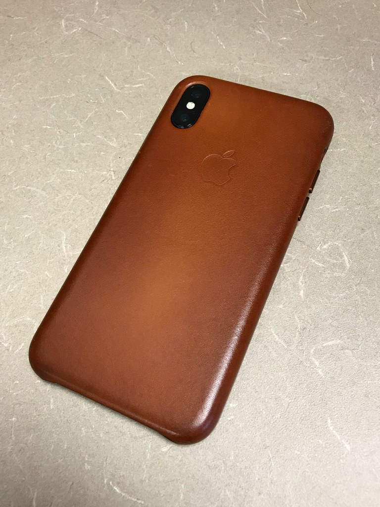 best service e3ac8 06713 iPhone X | space gray iPhone X & saddle brown leather case | Yanki01 ...