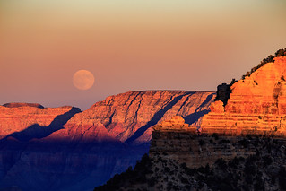 Full moon over Grand Canyon | by LarsGerritS