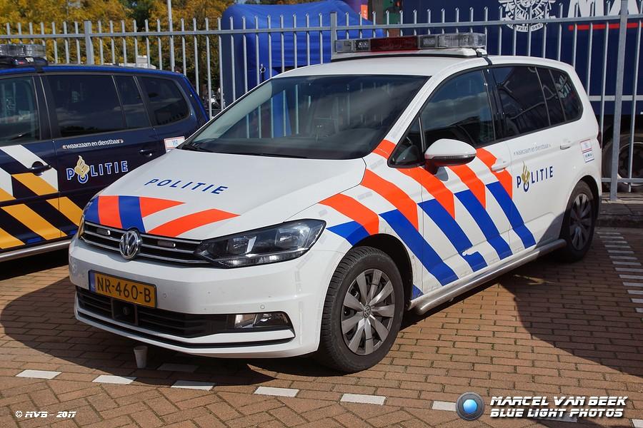 Dutch Police Vw Touran Tdi Nr 460 B Volkswagen Touran Flickr