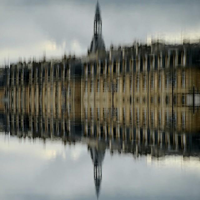 Bordeaurline - borderline in Bordeaux