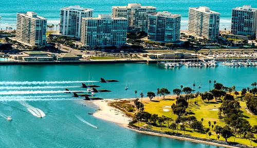 sandiego blue bay airplane architecture travelformyjob travelling flyinglow flying exploration waterways la california