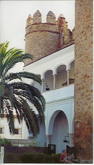 Zafra Parador bedroom balcony