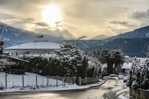 innsbruck tirol österreich at kranebitten hdr sunrise sonnenaufgang godrays