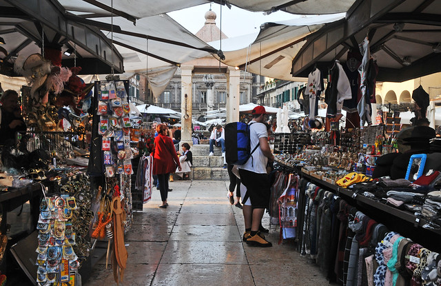 Verona Market 2