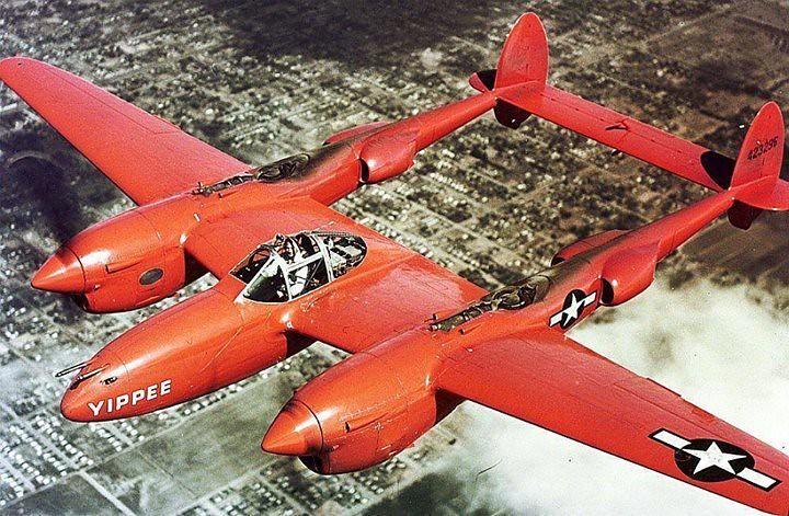 """P-38J Žaibo orlaivio """"Yippee'"""" apie 1945 m.blr_p1vd3lEKyJ1regz7ho1_1280"""