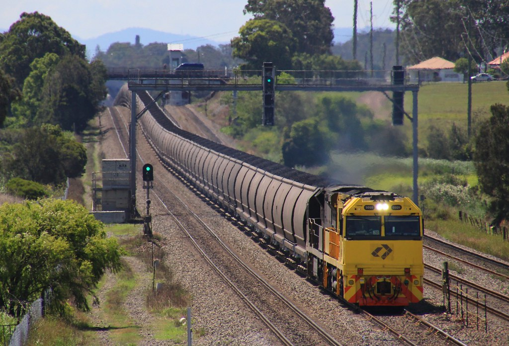 5009 and 5038 run BW164 Aurizon loaded coal to Kooragang Island by bukk05