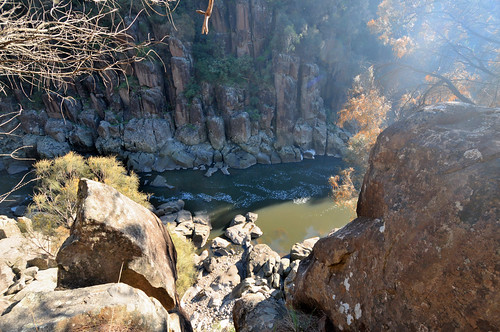 tasmania tassie state australia vacation holiday june 2017 island south commonwealth oz bass strait hobart tas landscape rugged rough terrain rock cliff green sun sunlight ray morning sunrise tree stone water basin river branch view scene scenery sight attraction popular tide lookout nature canyon grass flora