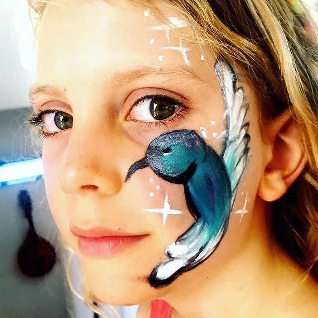 005/365 • bluebird • . . art by @marikobergen ✨ . #daisy #facepaint #yamba #whitingbeach #7yo #northernnsw #visitnsw #abcmyphoto #bellalunaboat #cruising #Summer2018 #eastcoastaustralia #clarenceriver