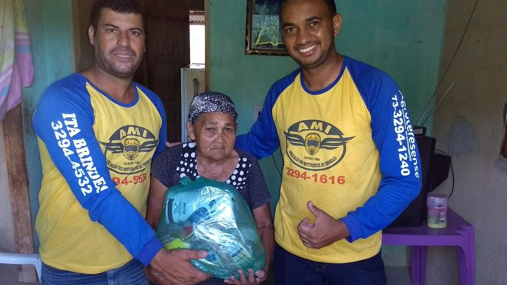campanha de doação de alimentos dos motaxistas de itamaraju (13)