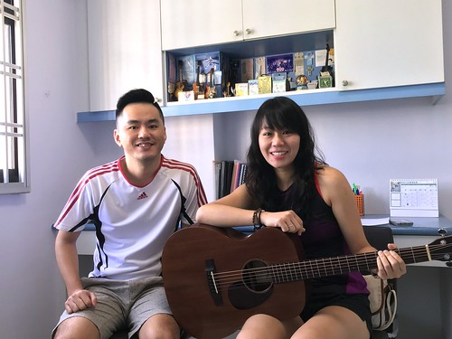 1 to 1 guitar lessons Singapore Charlie