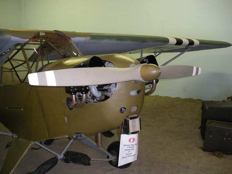 Piper L-4B Gafanhoto 2