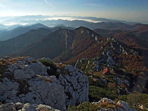 hrvatska croatia dinaricalps dinarides risnjak outdoors mountain hiking landscape panorama autumn