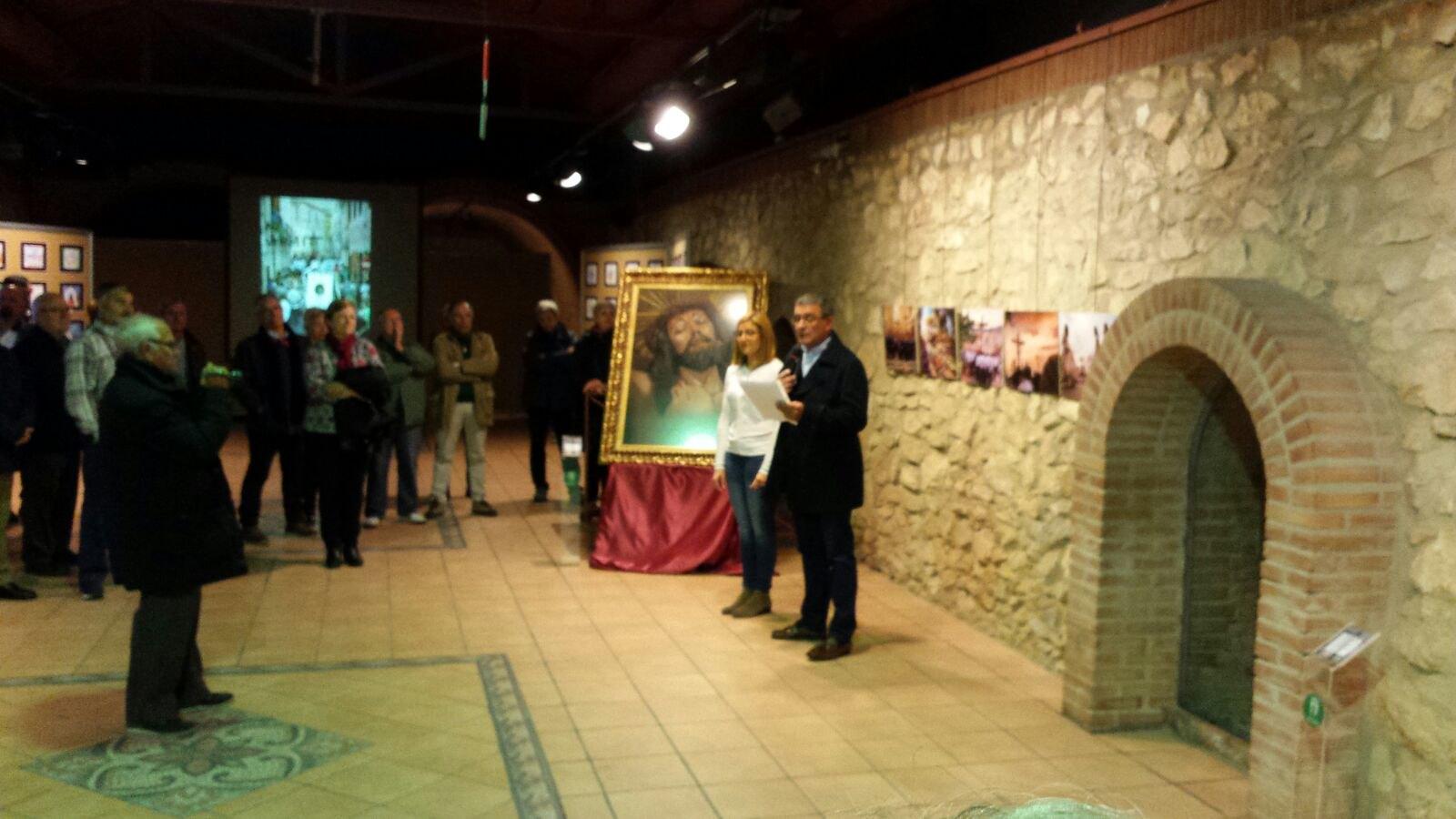 (2017-12-06) Exposición fotográfica del Cristo - Adrián Romero Montesinos (02)