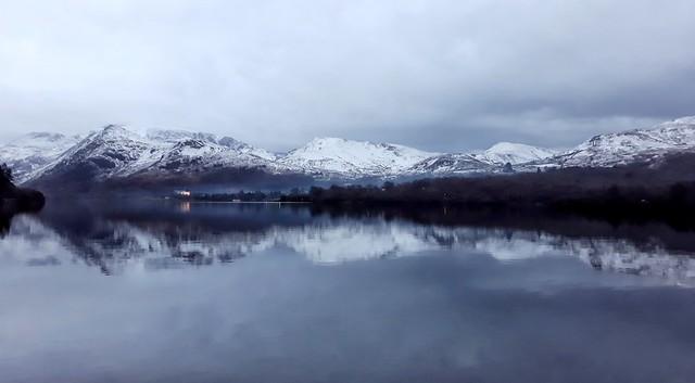 Padarn lake mirror view at dusk.