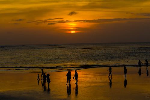 kuta bali indonesien sunrise sunset