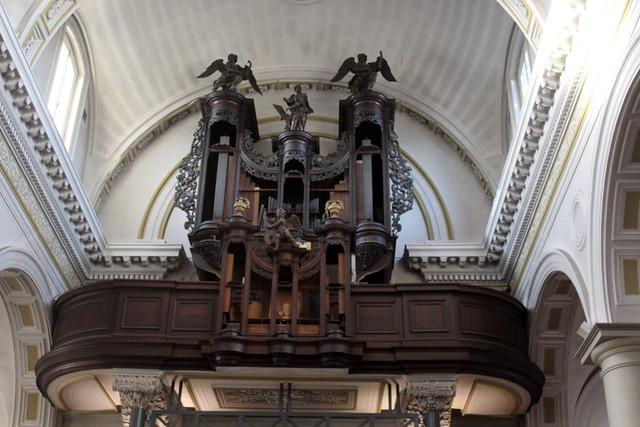 Maaseik, St Catharina church