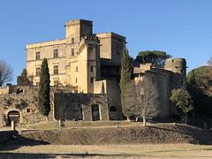 Lourmarin: Château de Lourmarin