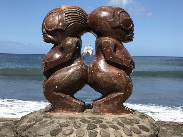 Raw Travel - French Polynesia