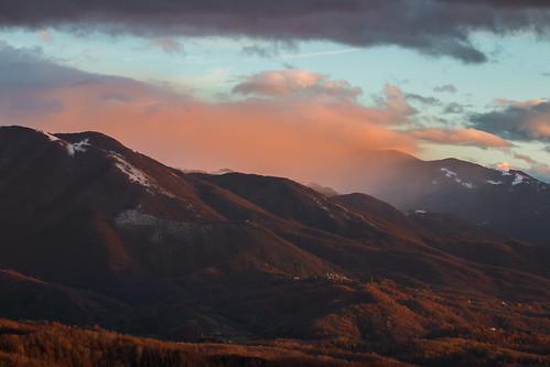mountains appennino abruzzo italia italy clouds landscape
