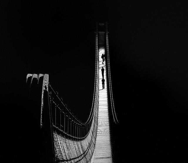 Des silhouettes et des ombres