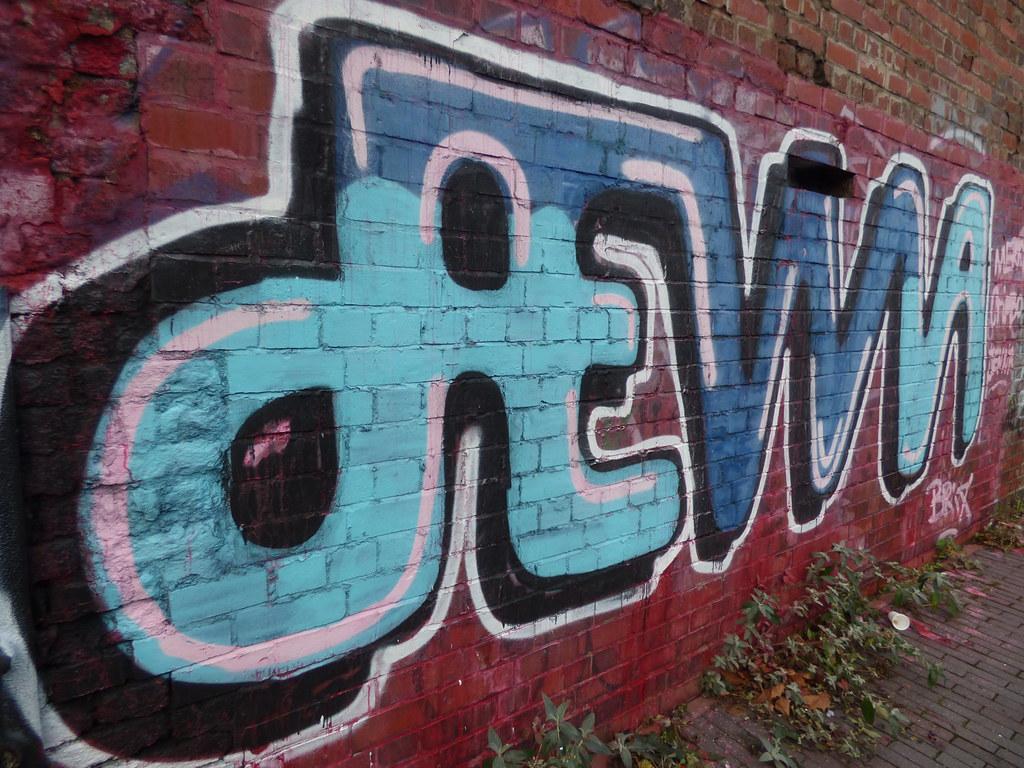 Birmingham & Fazeley Canal - Old Snow Hill - graffiti - DEWA