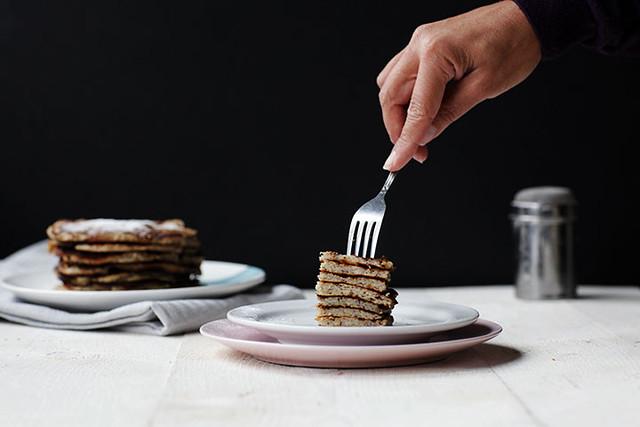 Fluffy banana coconut pancakes