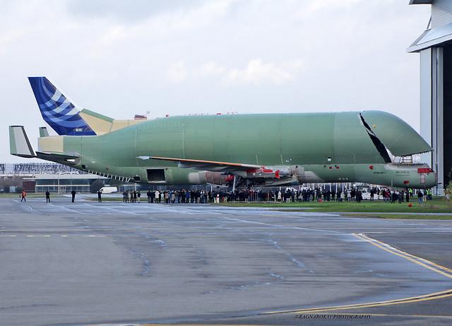 BelugaXL_Airbus_noreg-006_cn1824