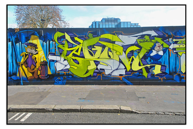TOP CAT STREET ART by SHINE/QUEST.