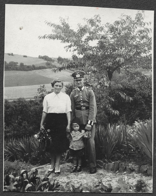 Archiv O689 Die letzten Aufnahmen mit Vati, 1940er