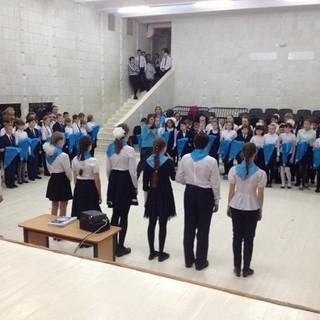 Торжественное принятие школьников в ряды единой детско-юношеской организации «Жас Улан»