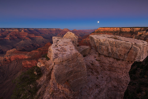 Full moon over Grand Canyon   by LarsGerritS