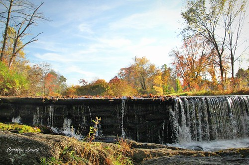 sciota sciotapa pennsylvania autumn fall water waterfall stream river trees colorful scenic carolynlandi monroeco rocks sky grass clouds leaves creek picturesque landscape dam mill brinksmill theoldmill usa america hamiltontownship