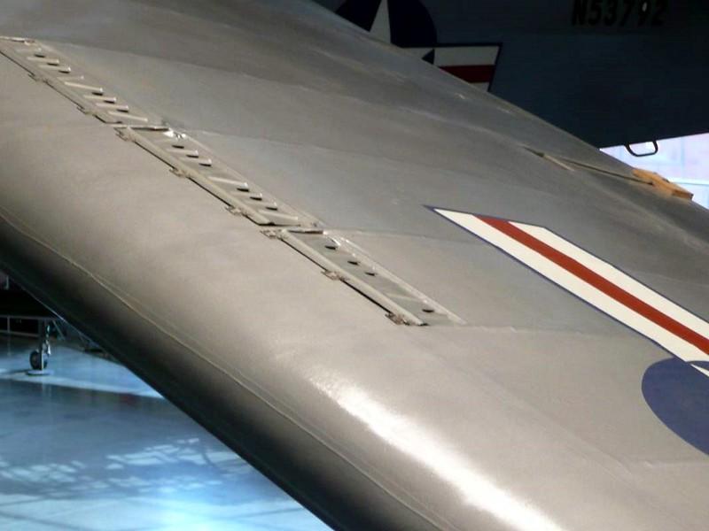 Taylorcraft L-2M Grasshoper 5