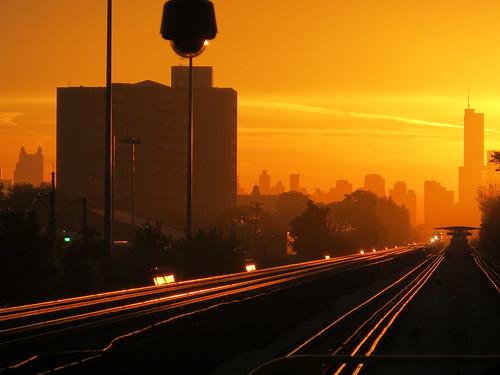 railroad train sunrise cta transit metra oakpark rapidtransit